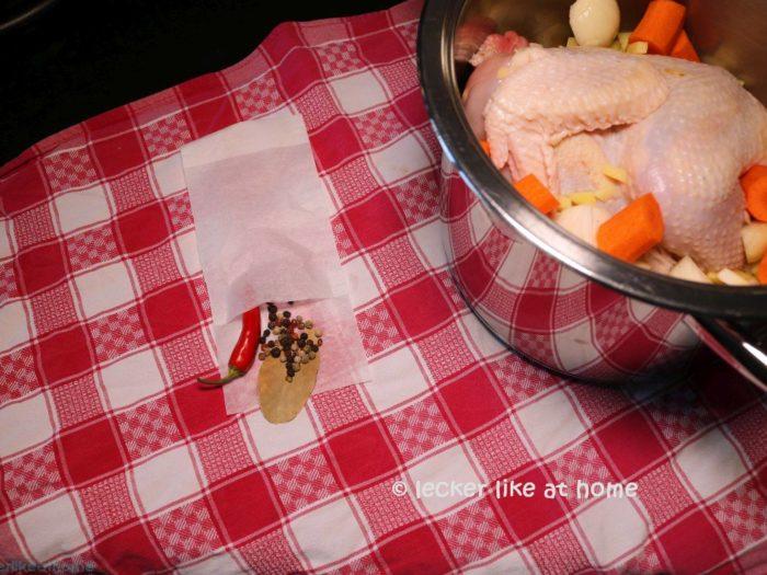 Hühnersuppe - Gewürze