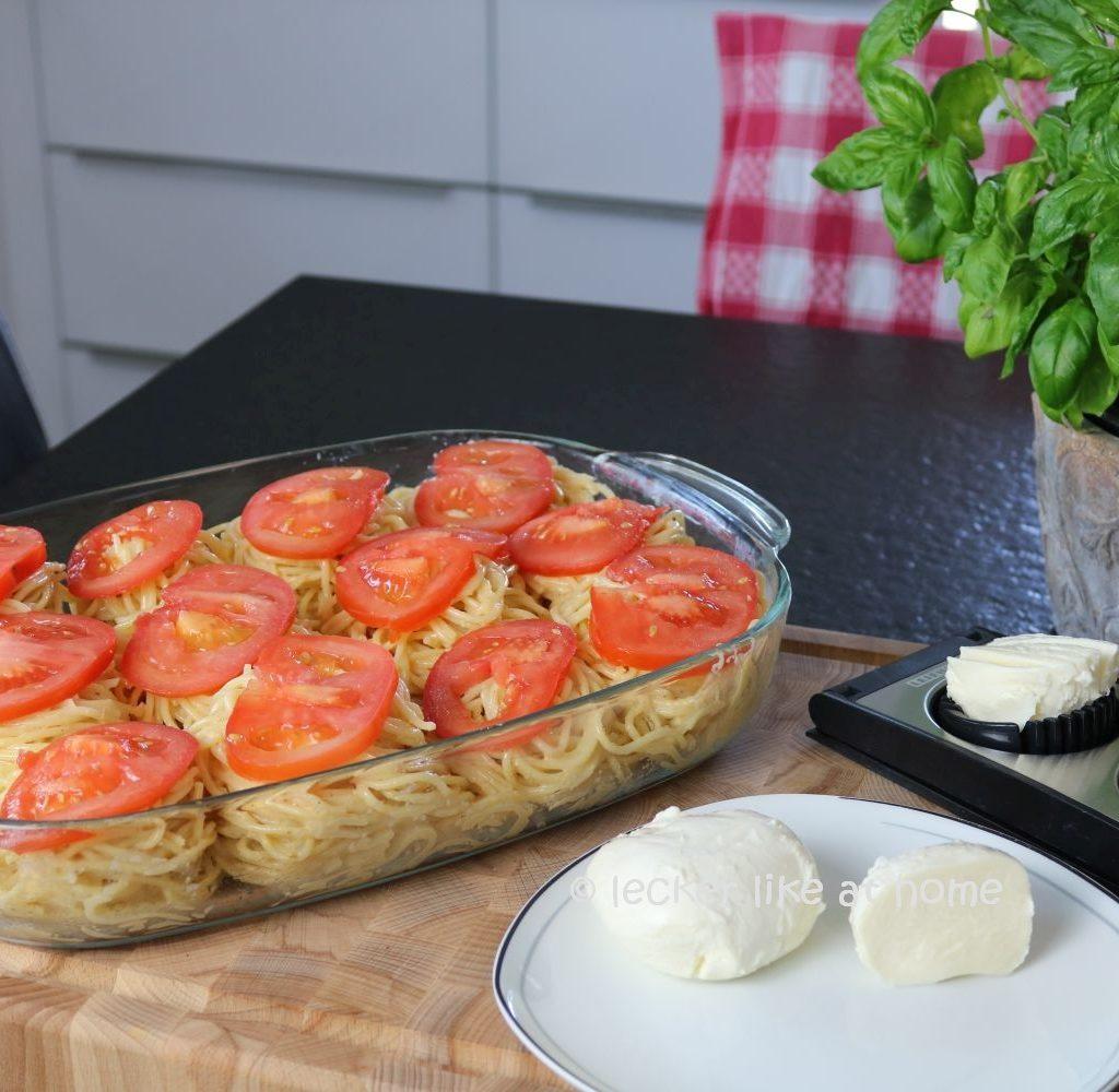 Nudelnester - Mozzarella schneiden
