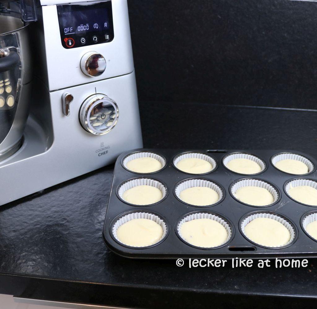 Zupfkuchen Muffins - Quarkmasse einfüllen