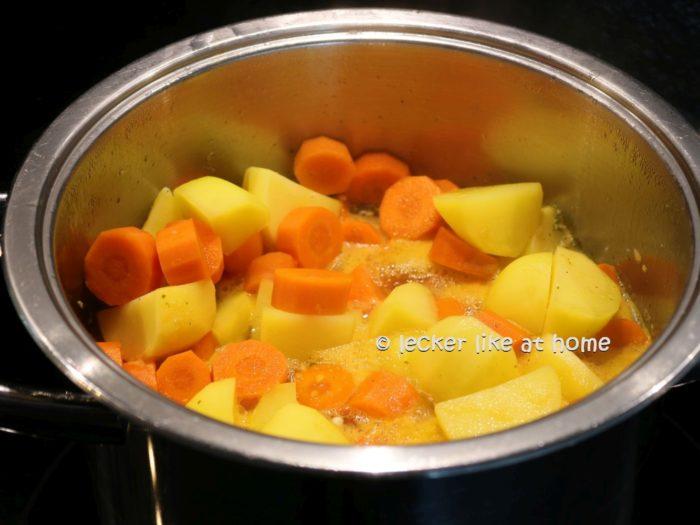 Karottensüppchen - köcheln lassen