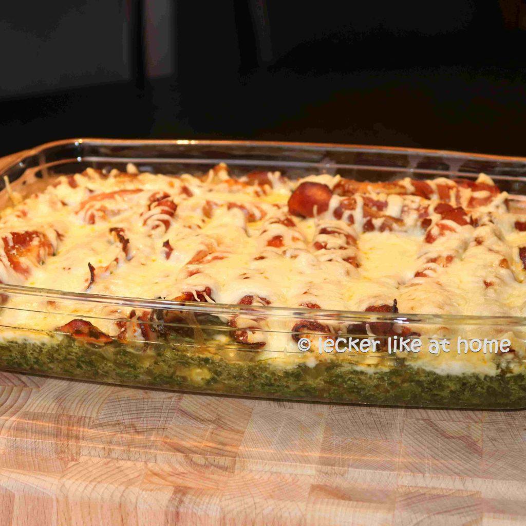 Haehnchen-Schinken-Roellchen-auf-Spinat
