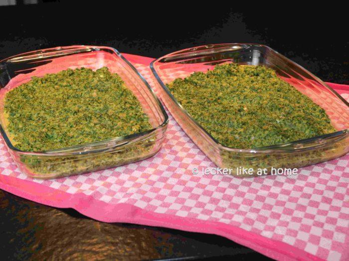 Haehnchen-Schinken-Roellchen-auf-Spinat-7-Spinat-zufuegen